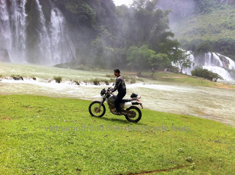 Vietnam Off-road Motorbike Tours - Ha Giang Motorbike Tour 11 Days: Ban Gioc motorcycle tour