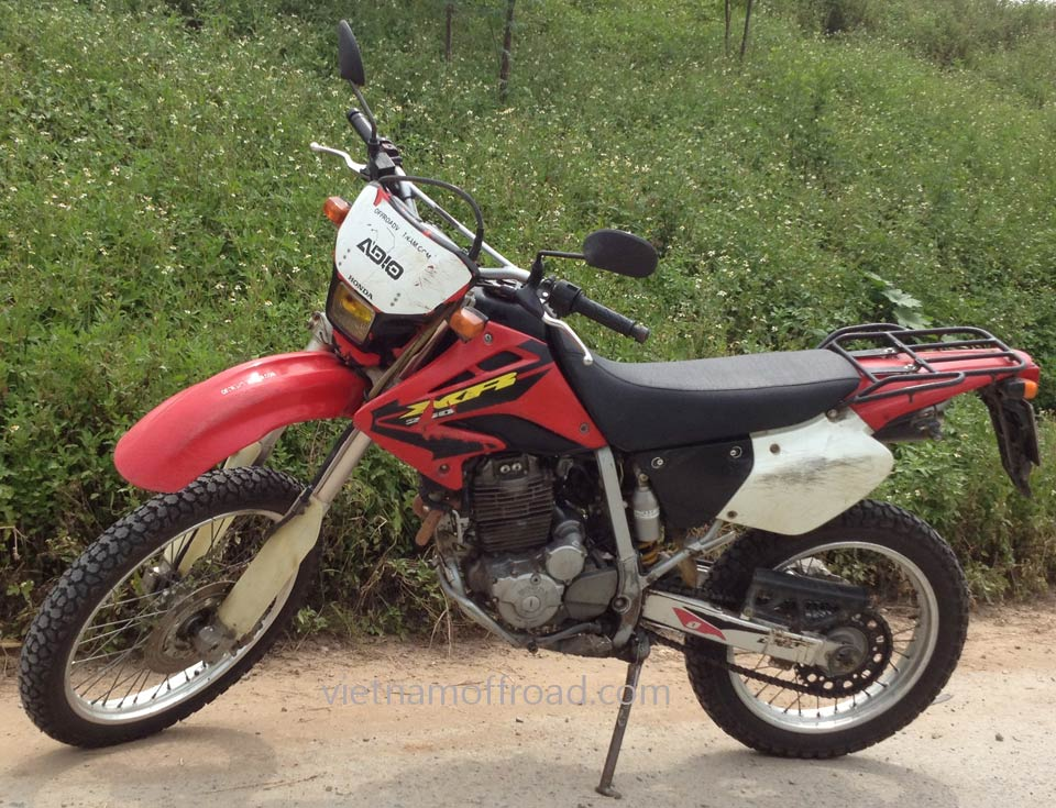 Hanoi motorbikes for rent: Honda enduro XR 250cc