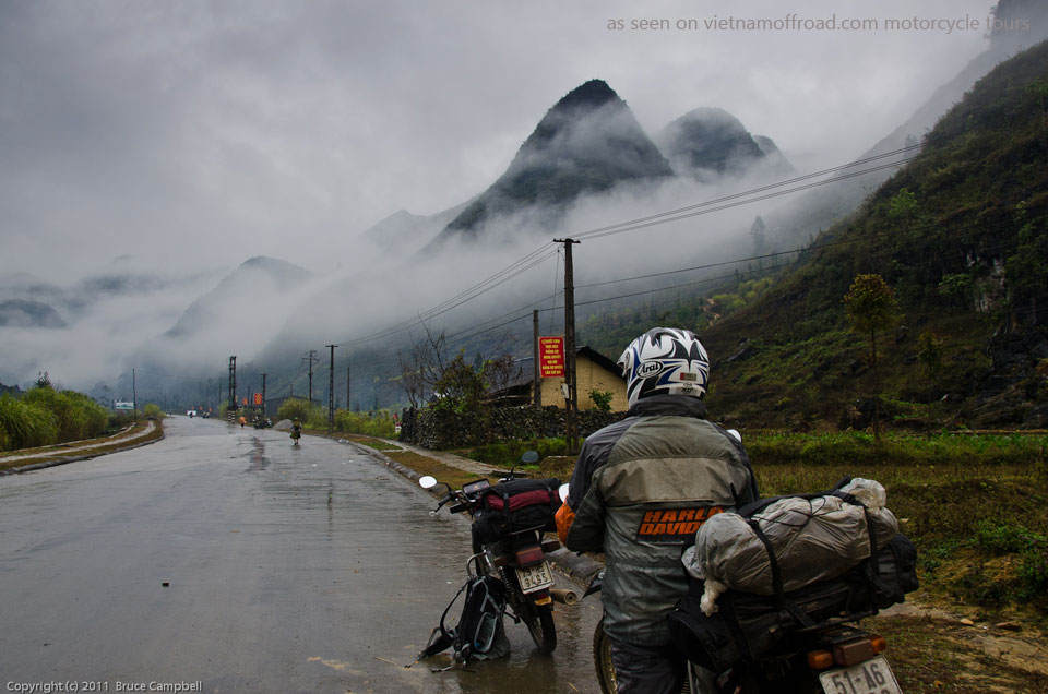 Ha Giang motorcycle tours in 6 days. Vietnam Off-road Motorbike Tours - Ha Giang In 6 Days