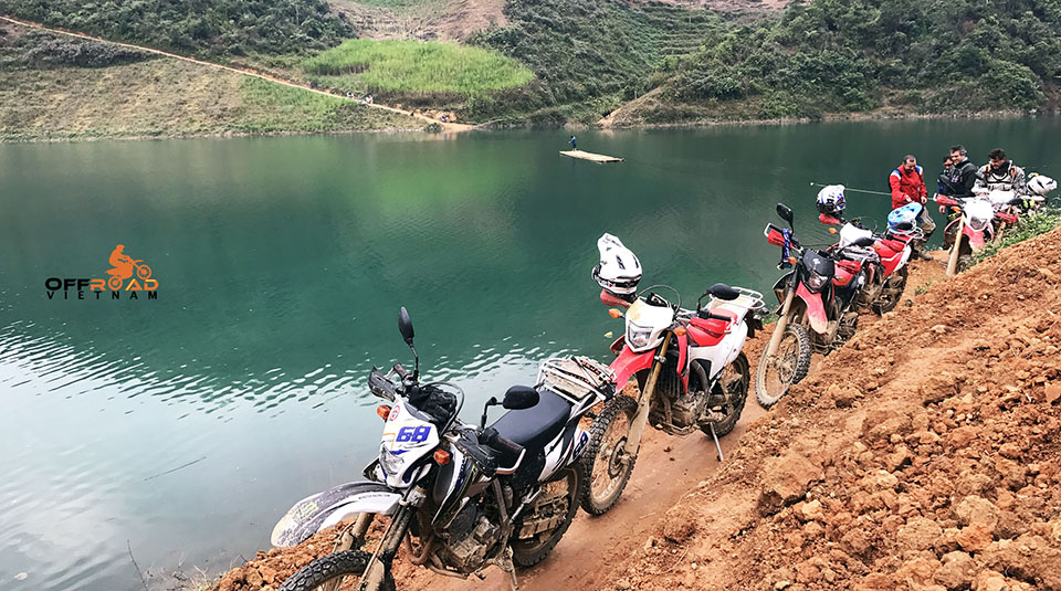 Vietnam Off-road Motorbike Tours - Vietnam off-road motorbike tours, motorcycle tours and scooters rentals from Hanoi, either on or off-road with Vietnam Offroad motorbike tours