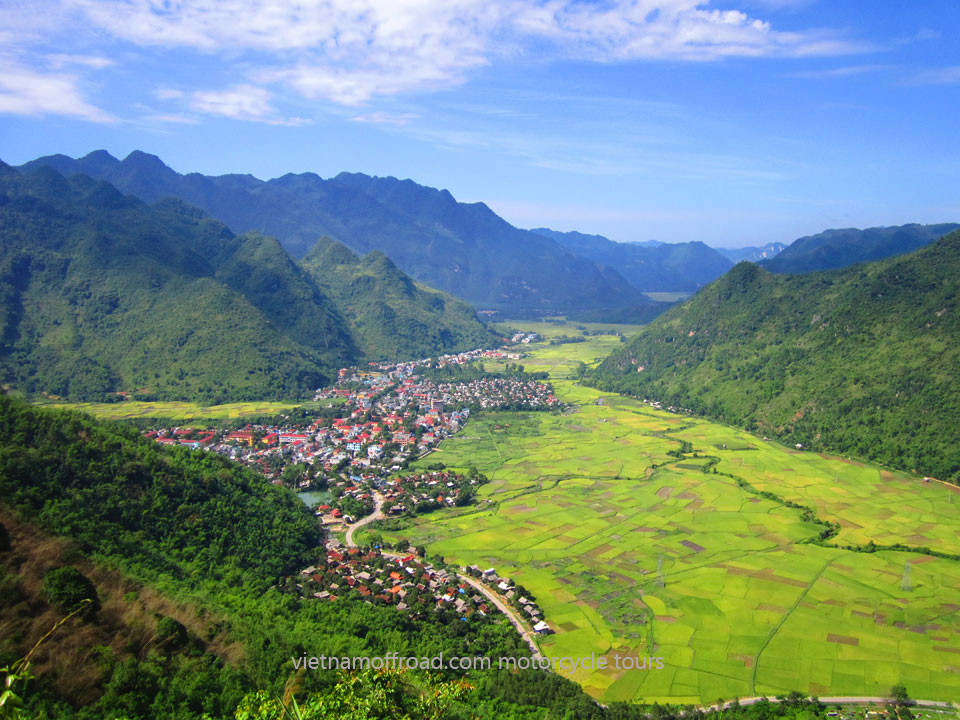 Vietnam Off-road Motorbike Tours - Northwest Vietnam Motorbiking In 8 Days: Mai Chau in Northwest Vietnam motorcycle ride